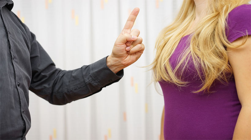 Signs Your Partner Is Too Controlling