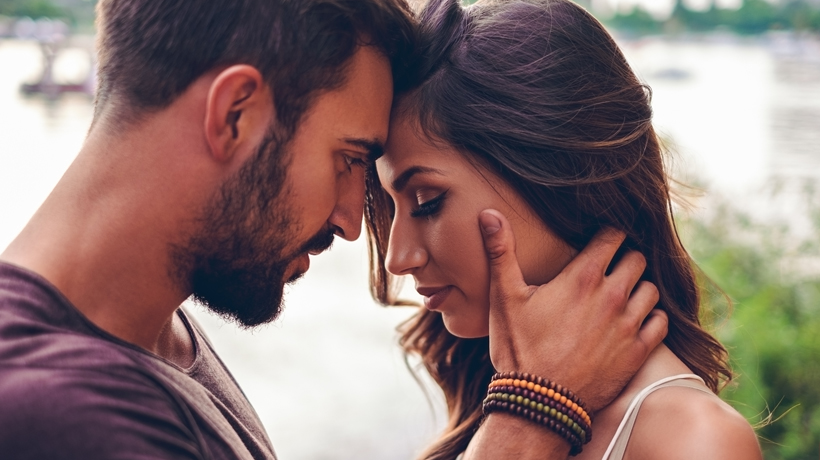 Signs of friendship turning into love